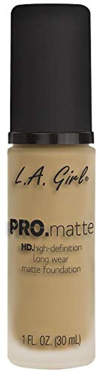 メタリックエラー列挙するL.A. GIRL Pro Matte Foundation - Deep Tan (並行輸入品)