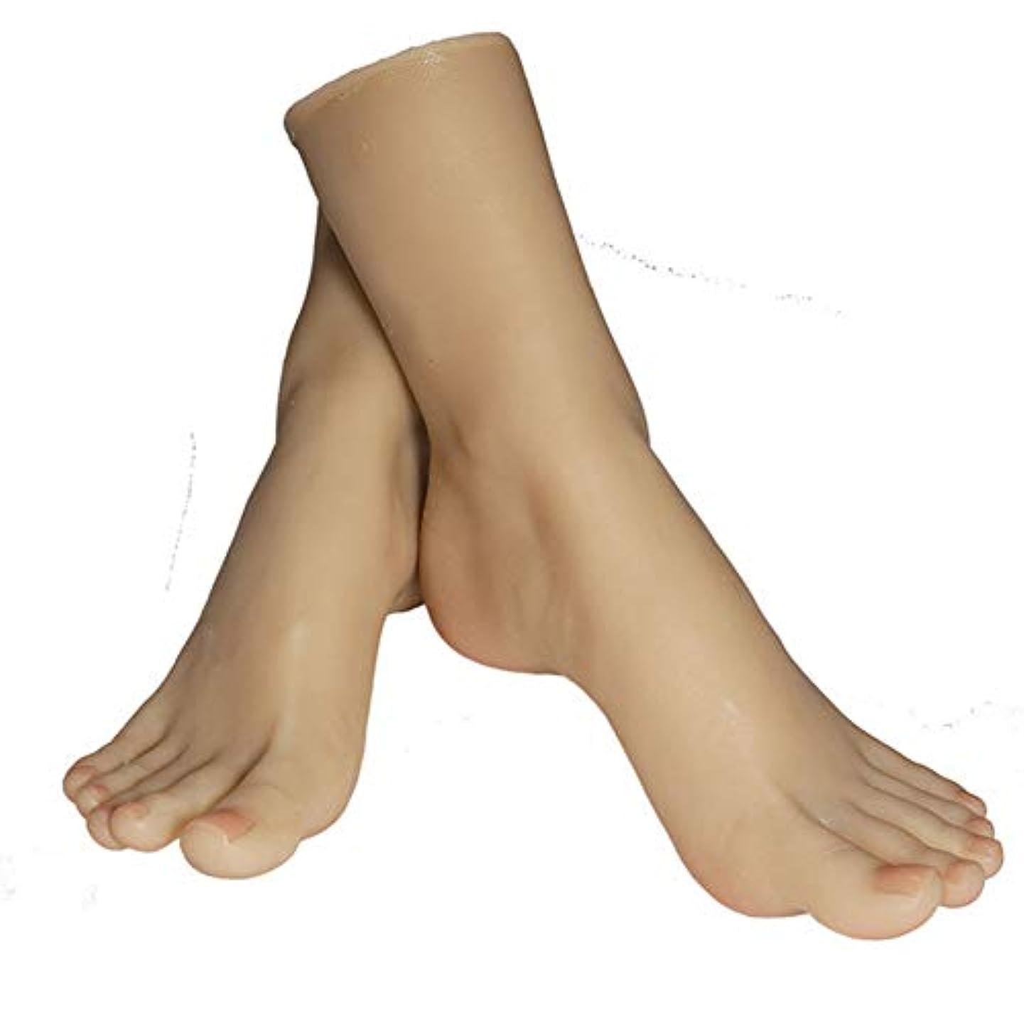 時折パトロン不適1ペアのLifeSizeシリコーン女性のマネキンフットディスプレイJewerlyサンダル靴ソックス表示アートスケッチ