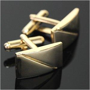 シンプル ゴールドカラー カフスボタン(カフリンクス) メンズ アクセサリー ワイシャツ ネクタイに合わせてビジネスや結婚式、プレゼントに [おしゃれ][スーツ][ギフト][タイピン]