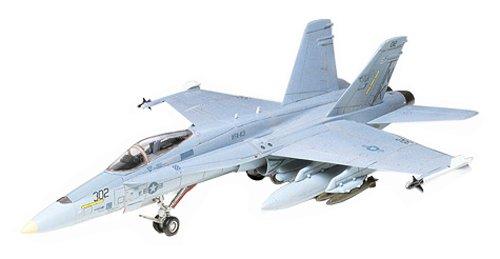 1/72 ウォーバードコレクション WB-2 F/A-18ホーネット