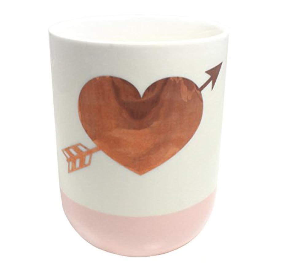防止粘性の数2つの会社10.5-oz GildedハートローズScented Candle ;ホワイト&ピンク