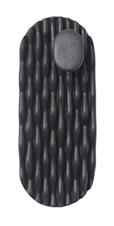 区肩をすくめる無限AKAISHI ツボフィットスリッパ ブラック