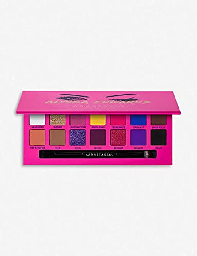 意図的クマノミ彼女はANASTASIA BEVERLY HILLS Alyssa Edwards Eyeshadow Palette
