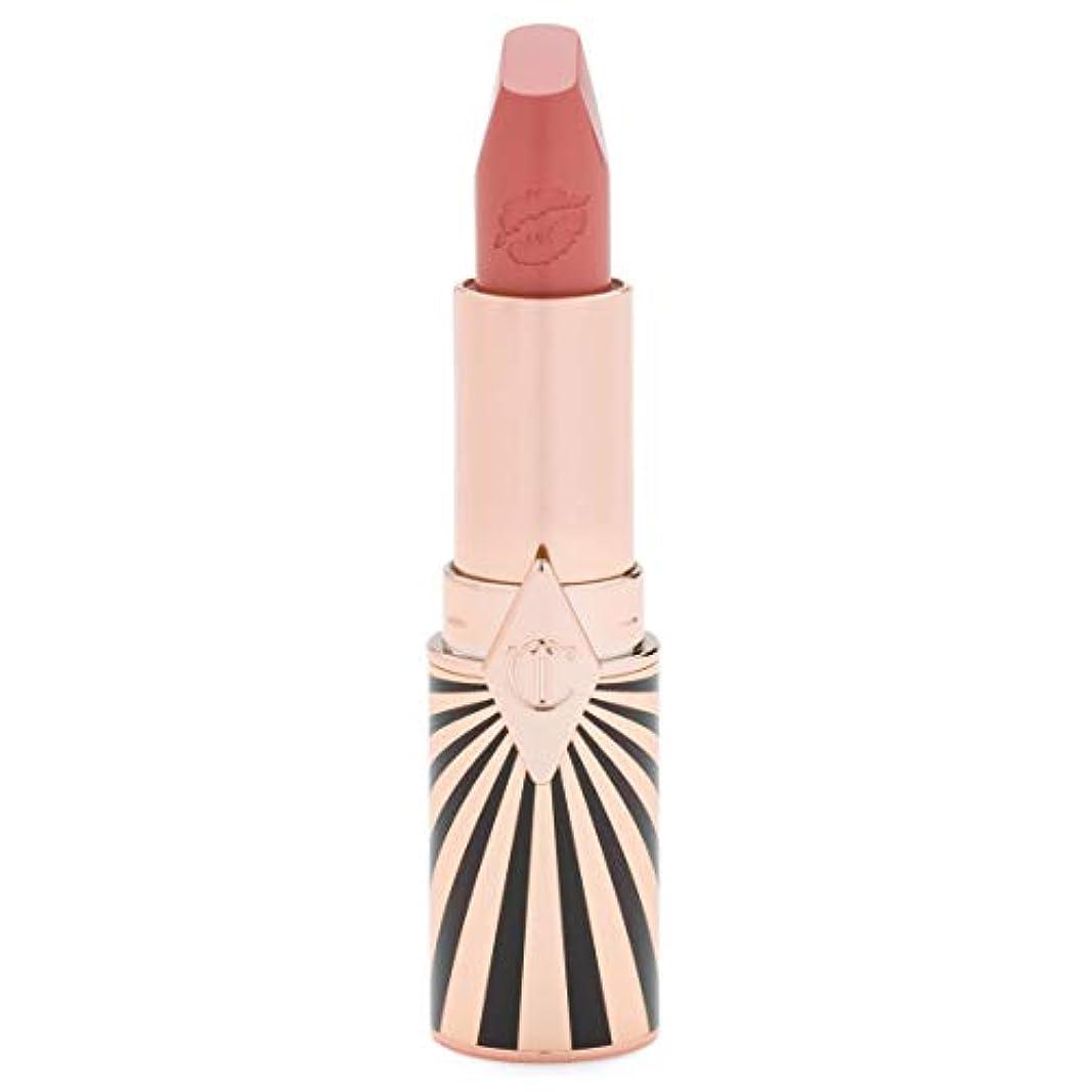 債務リネン優れたCharlotte Tilbury Hot Lips 2 In love with Olivia Limited Edition シャーロット?ティルベリー