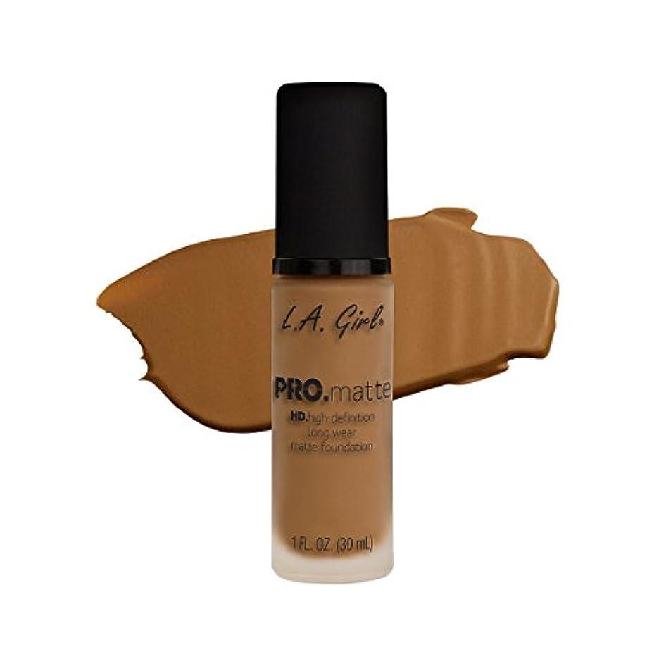 ほこりっぽいグローバル刺す(3 Pack) L.A. GIRL Pro Matte Foundation - Caramel (並行輸入品)