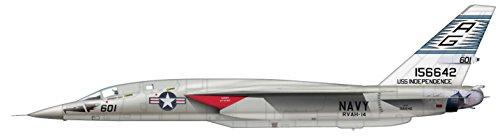ホビーマスター 1/72 RA-5C ヴィジランティ USS インディペンデンス 完成品の詳細を見る