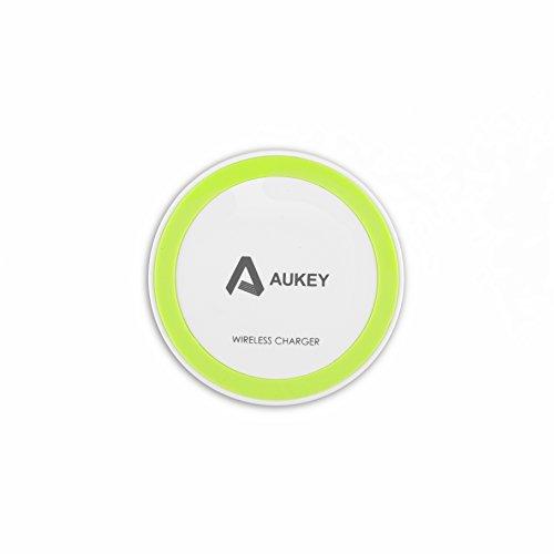 Aukey Qi充電パッド 「Qi」準拠ワイヤレスチャージャー 無線充電パッド 置くだけ充電 非接触充電 無線充電器 (ホワイト)LC-M1