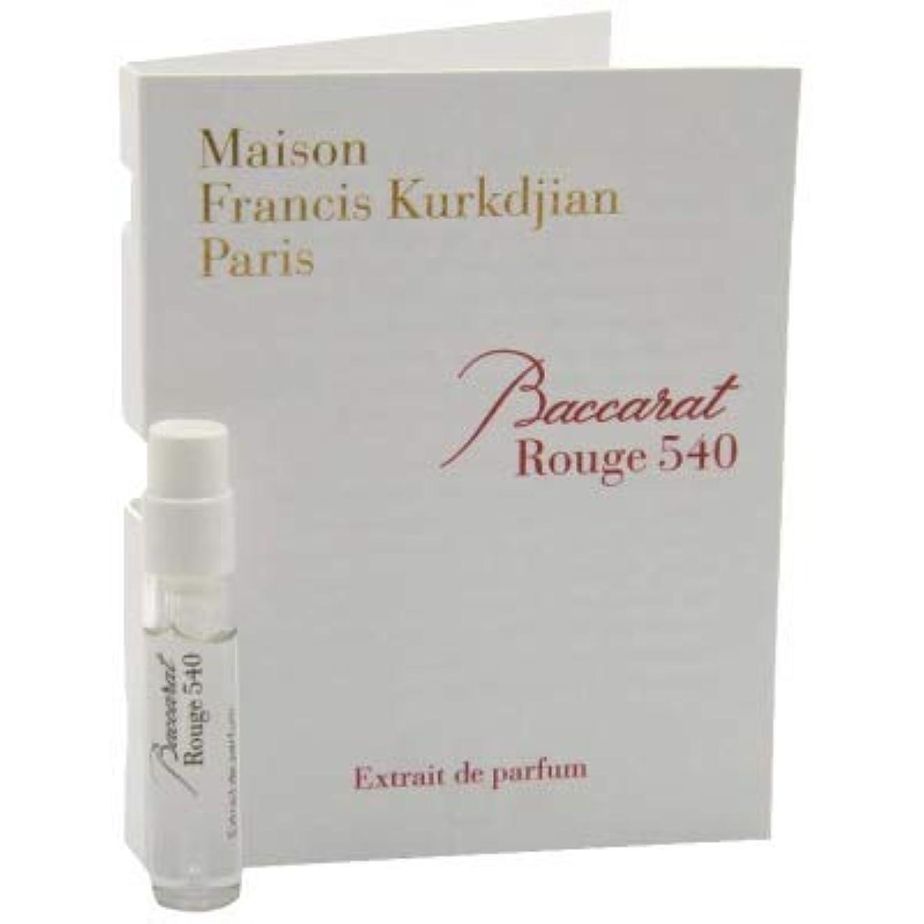 起こるスクラッチ気晴らしメゾン フランシス クルジャン バカラ ルージュ 540 エクストレ ド パルファン 2ml(Maison Francis Kurkdjian Baccarat Rouge 540 Extrait de Parfum Vial...