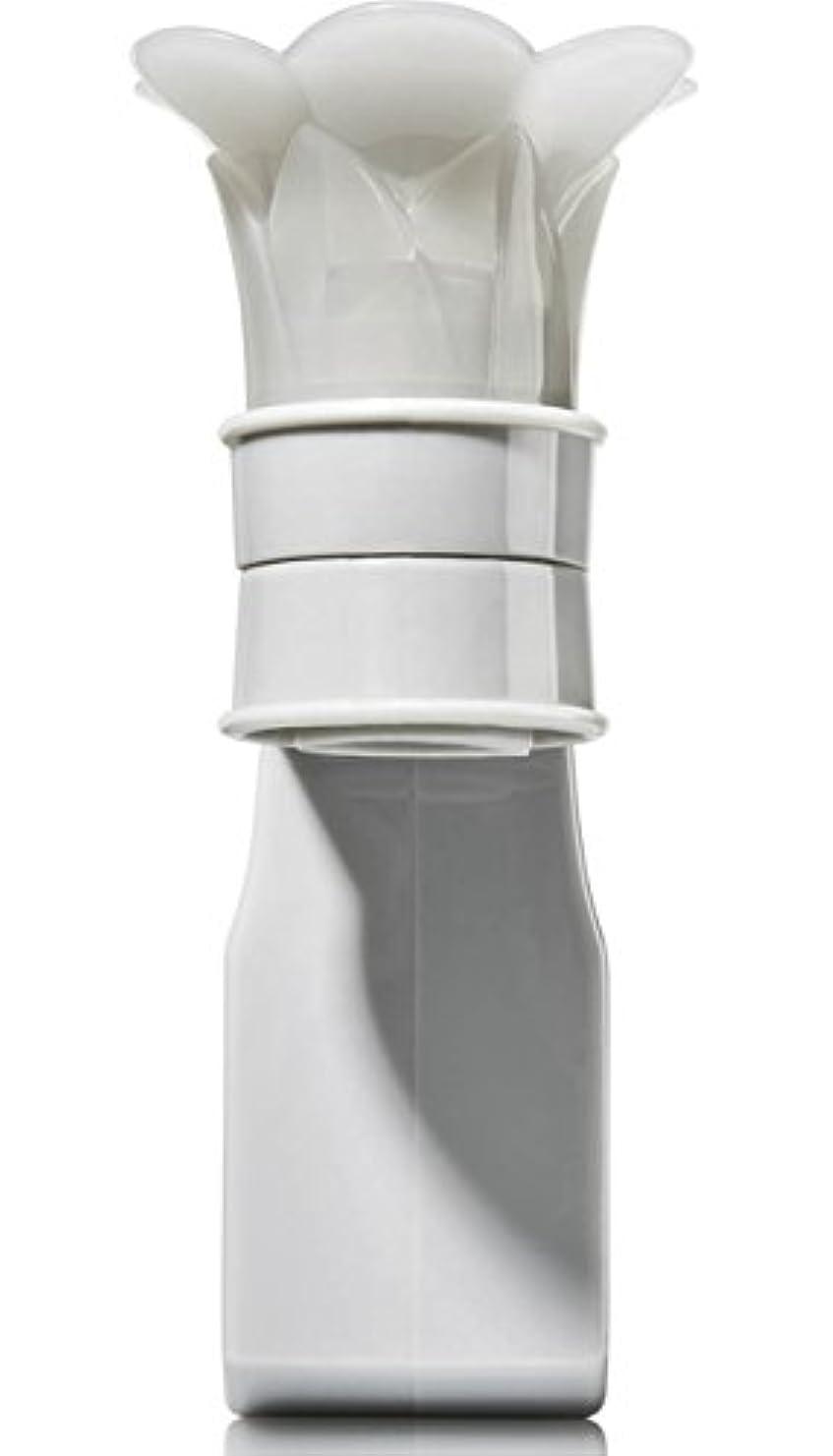 船酔い取り組む歯痛バス&ボディワークス Bath & Body Works グレーフラワートップ ルームフレグランス プラグインスターター (本体のみ) プラグイン芳香剤 [並行輸入品]
