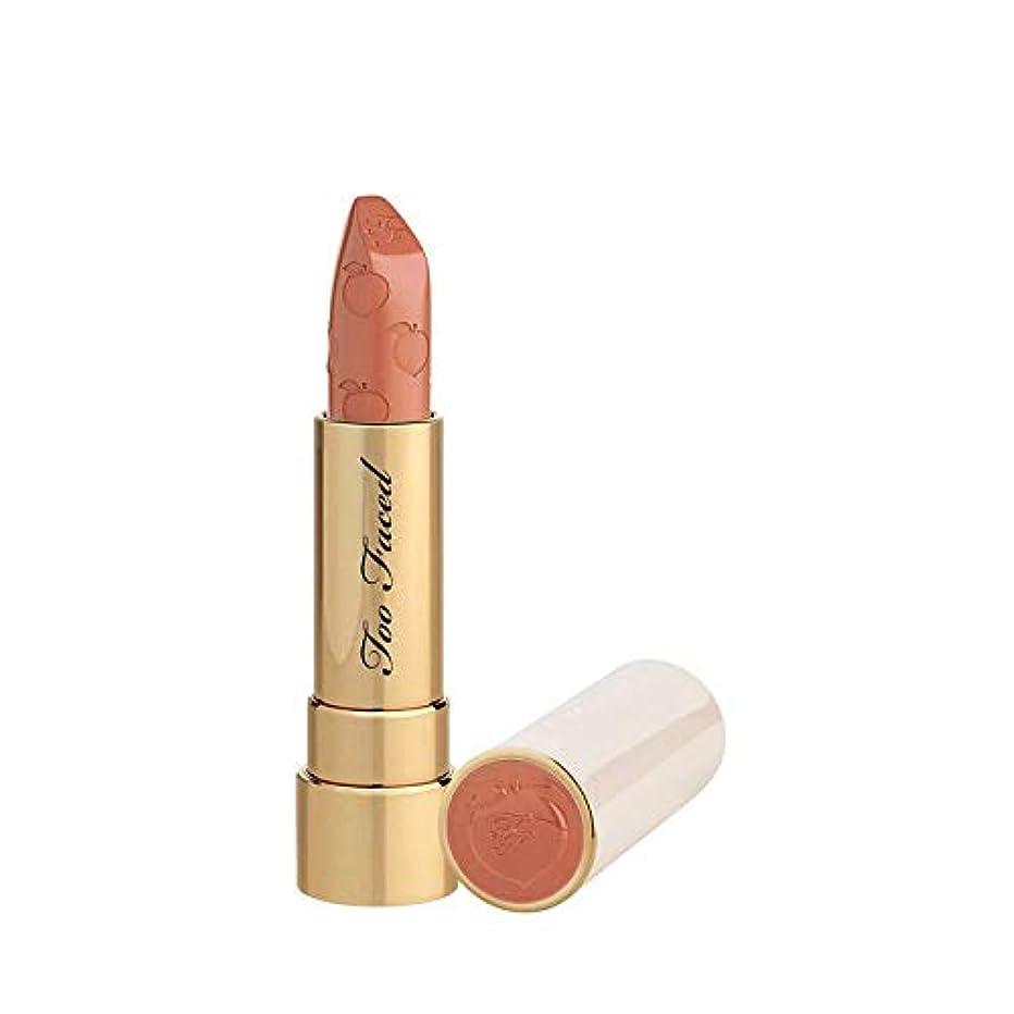 衣類リズム寝室を掃除するTOO FACED Peach Kiss Moisture Matte Long Wear Lipstick – Peaches and Cream Collection (Disrobed)