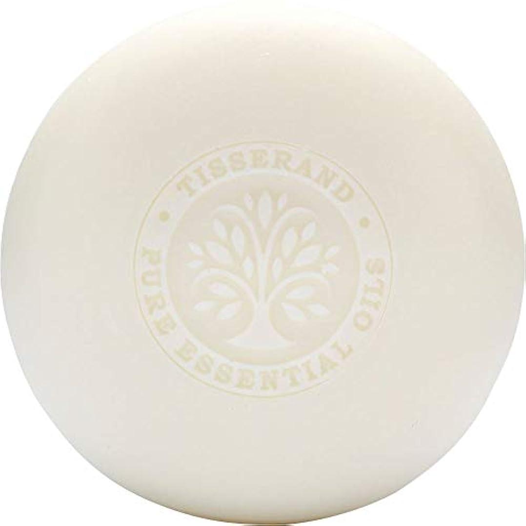 絶望的なトークンコーデリア[Tisserand] ティスランドローズ&ゼラニウムの葉石鹸100グラム - Tisserand Rose & Geranium Leaf Soap 100g [並行輸入品]