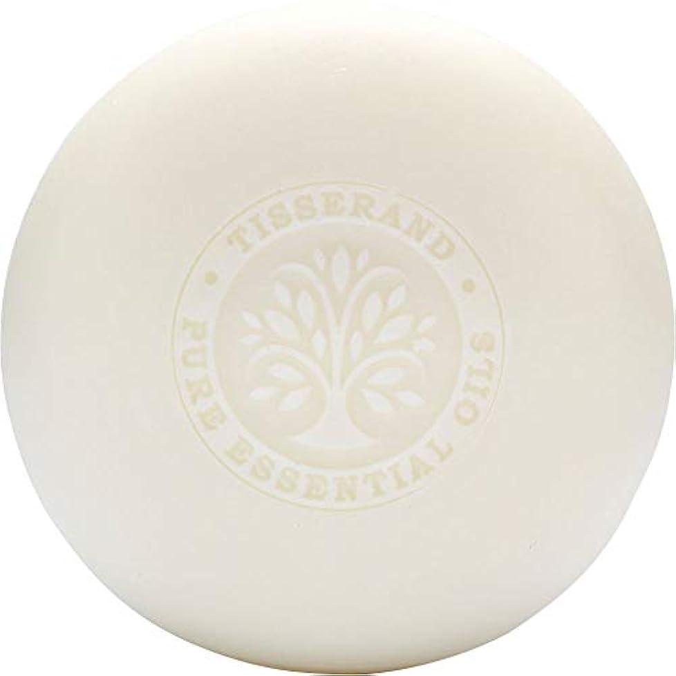 航空ミニ見込み[Tisserand] ティスランドローズ&ゼラニウムの葉石鹸100グラム - Tisserand Rose & Geranium Leaf Soap 100g [並行輸入品]