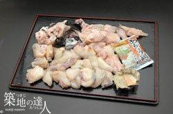 【築地の達人】 北海道近海で獲れたアンコウ使用!ボリュームたっぷりあんこう鍋 肉厚なアンコウと濃厚な旨味をご堪能ください。