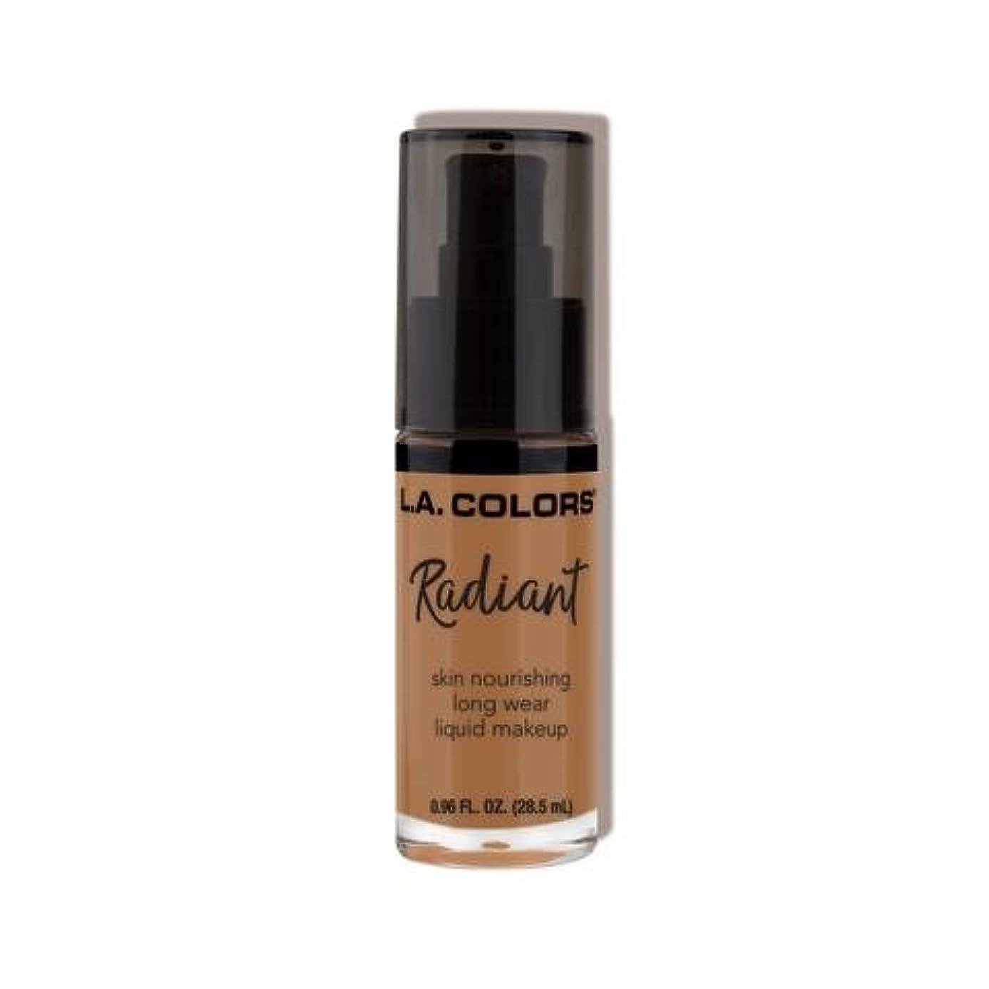 科学者知事ぎこちない(3 Pack) L.A. COLORS Radiant Liquid Makeup - Chestnut (並行輸入品)