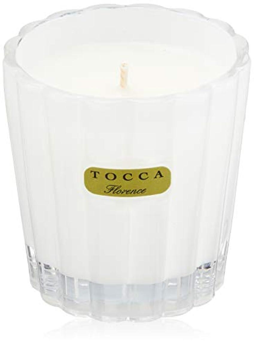 スポーツの試合を担当している人頬骨ウッズトッカ(TOCCA) キャンデリーナ フローレンスの香り 約85g (キャンドル ろうそく 上品なフローラルの香り)