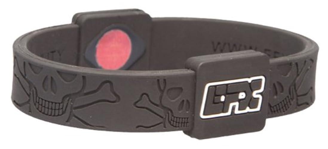 データベース力目を覚ますEFX(イーエフエックス) EFXリストバンドスポーツ Black&WhiteSkull&Crossbones L 4001567B