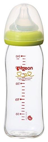 ピジョン(Pigeon) 母乳実感 哺乳びん (耐熱ガラス製) 【洗いやすい 広口タイプ (赤ちゃん 哺乳瓶 乳首)】 0ヵ月利用可(付属乳首/3ヵ月) 240ml ライトグリーン