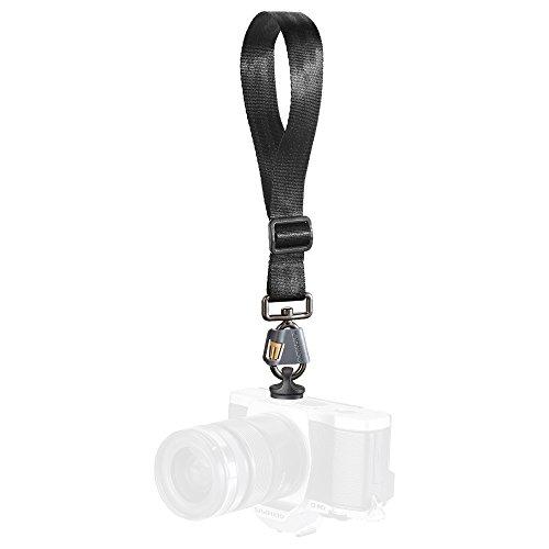 【国内正規品】BLACKRAPID 一眼カメラ用 リストストラップ ブリーズ ファステンR5付き  020766の詳細を見る