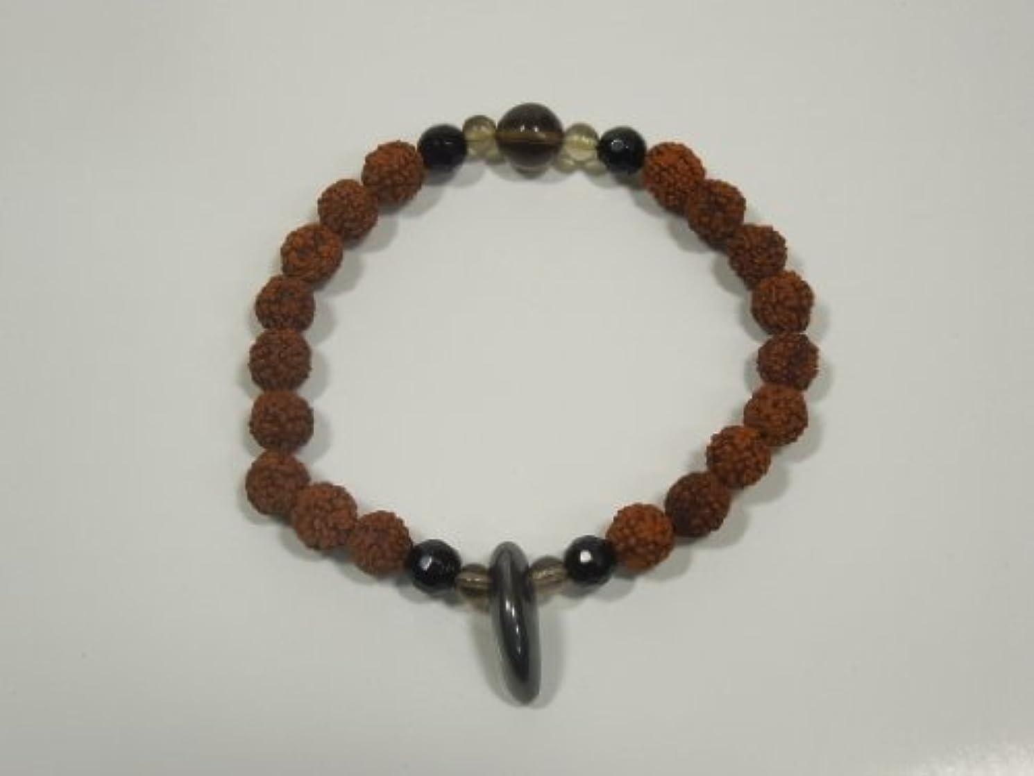 アクロバット狼エンドウ神々が棲む島 Bali より Root Thakra (チャクラ)のパワーストーン  ムーラダーラ