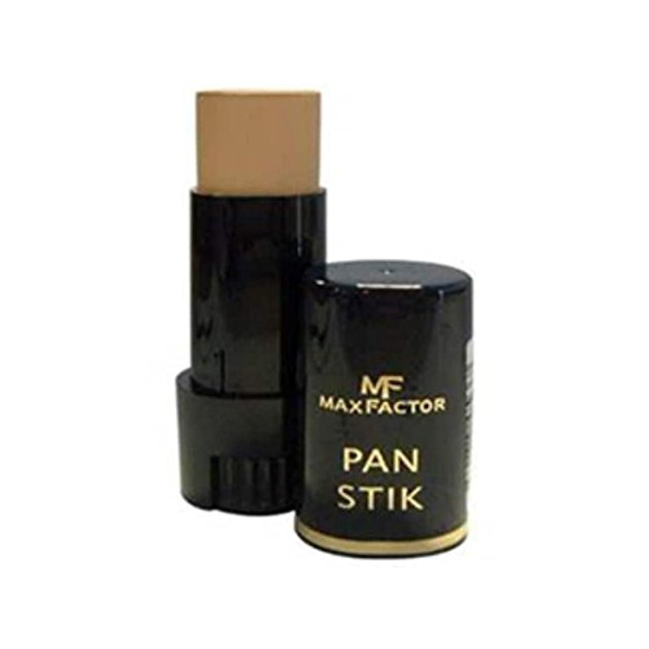劇作家ヒゲクジラ狂うマックスファクターパンスティック基盤深いオリーブ60 x4 - Max Factor Pan Stick Foundation Deep Olive 60 (Pack of 4) [並行輸入品]