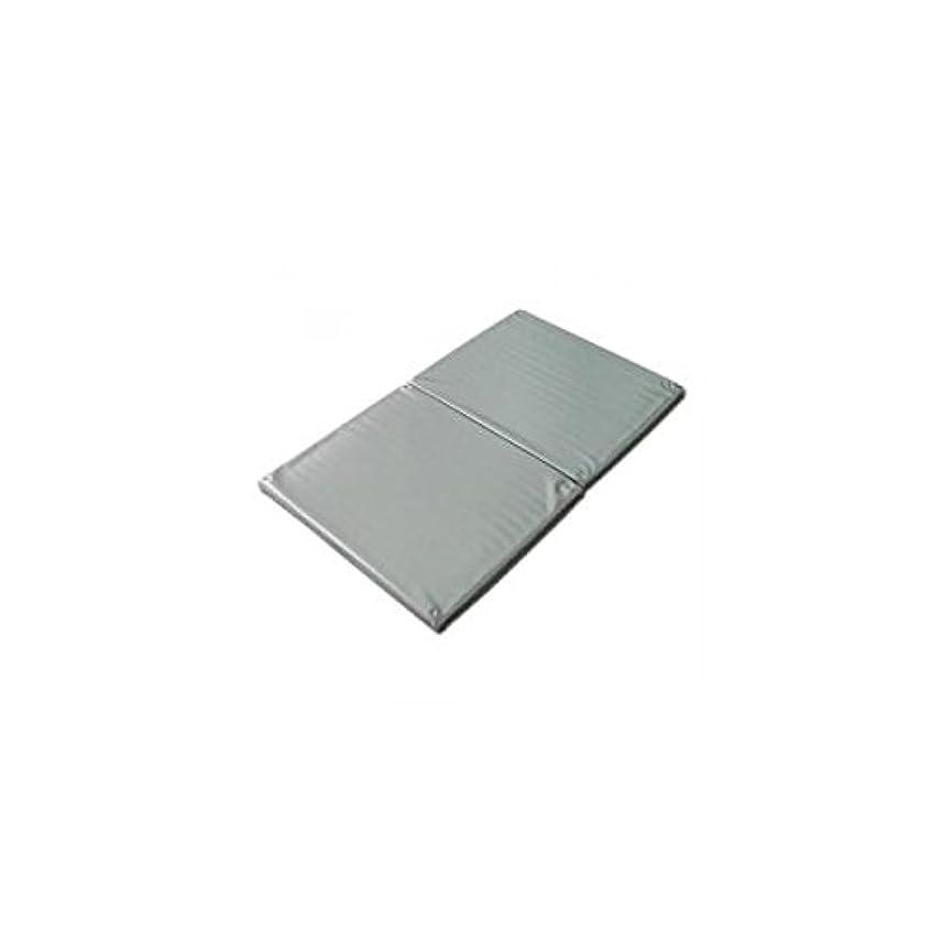 ハッピー評価する演じるヨックお風呂のマッサージ用マットP(2ツ折)シルバー 120×70cm│防水マッサージマット ポリエチレン製