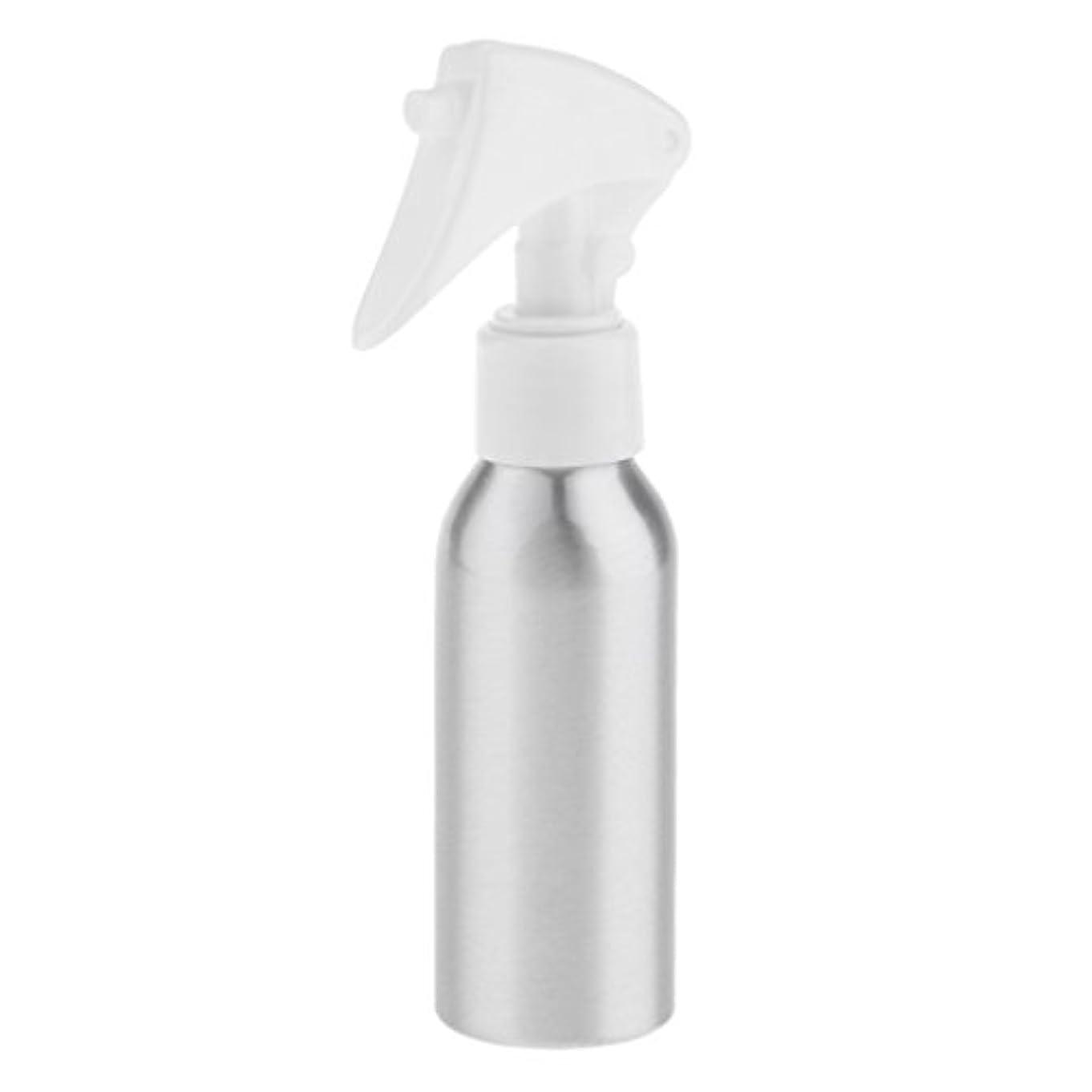スプレーボトル - 空の詰め替え式の容器は精油、クリーニング製品、自家製の洗剤、アロマテラピー、水とミストプラント、そしてクリーニング用の酢の混合物に最適 - 120ML
