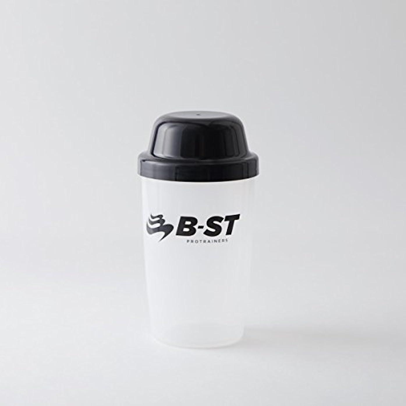 何故なのカップ水を飲むB-STプロテインシェーカー