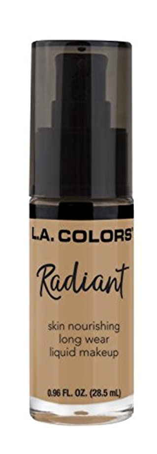 包括的閉塞部分的L.A. COLORS Radiant Liquid Makeup - Light Toffee (並行輸入品)