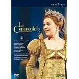 ロッシーニ:歌劇《チェネレントラ(シンデレラ)》全曲 [DVD]
