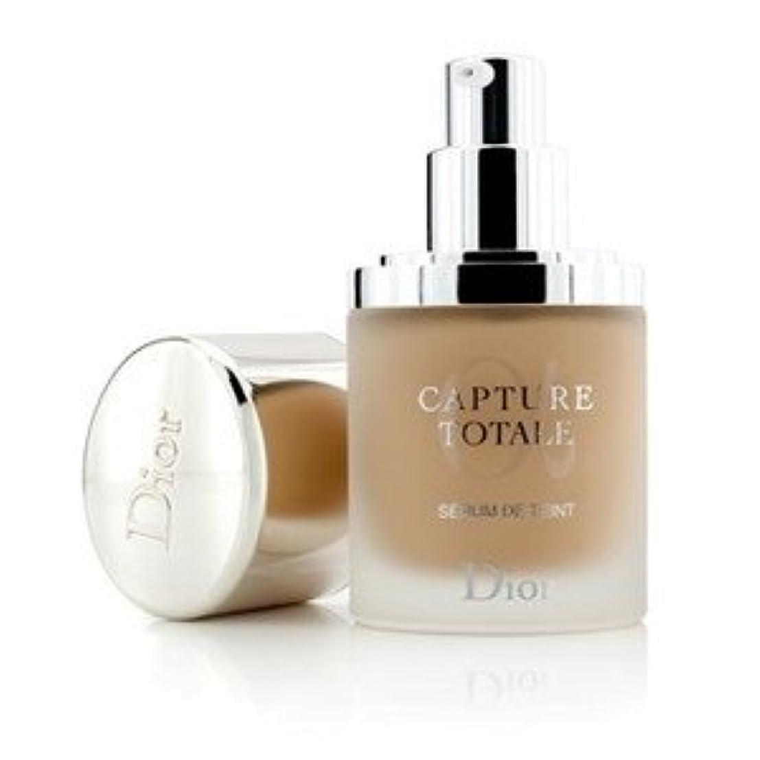 サイクロプス編集者一瞬Dior(ディオール) カプチュール トータル トリプル コレクティング セラム ファンデーション SPF25 #020 Light Beige 30ml/1oz [並行輸入品]