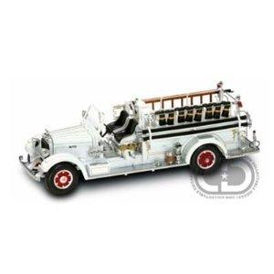 1/24消防車 1935 MACK TYPE 75BX ホワイト