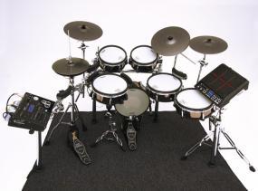 BT-1 アコースティック・ドラムのフープにも取り付け可能