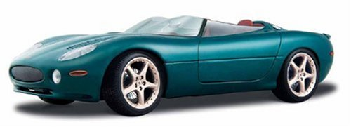 MAISTO 1/18 - 31867 JAGUAR XK180 - METALLIC GREEN
