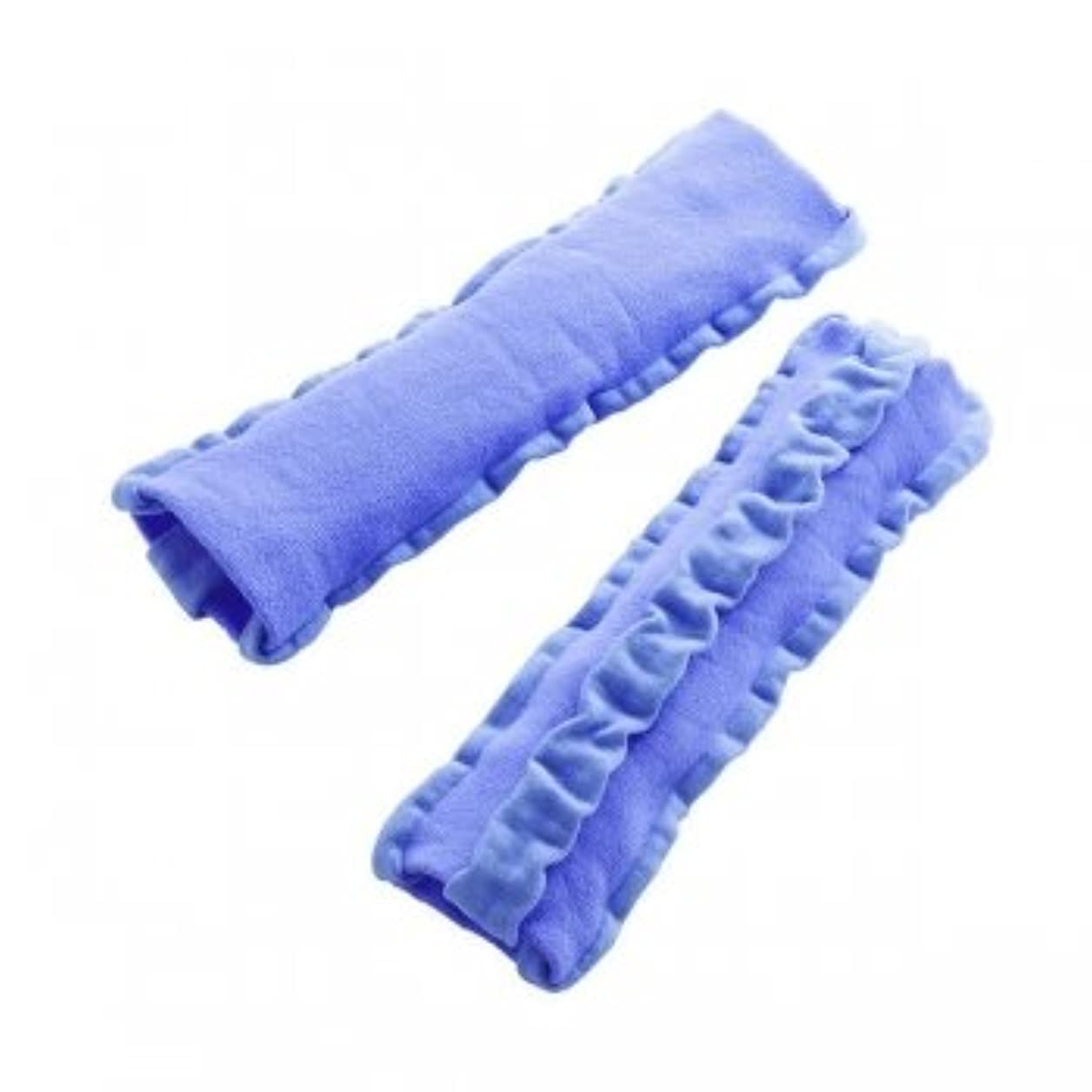 アセンブリ寸前ボイコットゴム糸を一切使わない特殊なベアー編みで作られた、ふくらはぎ用着圧サポーター。 3本の弱圧ラインと、その間にある強圧ラインとが組み合わさった強弱マッサージライン。 弱編みと強編みの組み合わせが、手もみマッサージをされている...