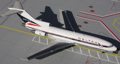1: 200 ジェミニジェット Delta Air Lines ボーイング 727-100 Widget Colors (並行輸入)