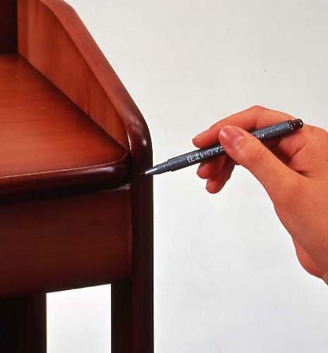 『住まいのマニキュア ブリスターパック ブラック 筆ペンタイプ MB-15』の1枚目の画像
