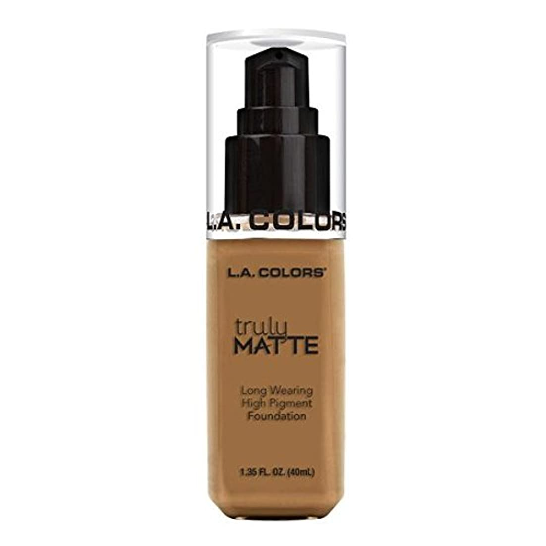 海洋の財政常習者(6 Pack) L.A. COLORS Truly Matte Foundation - Warm Caramel (並行輸入品)