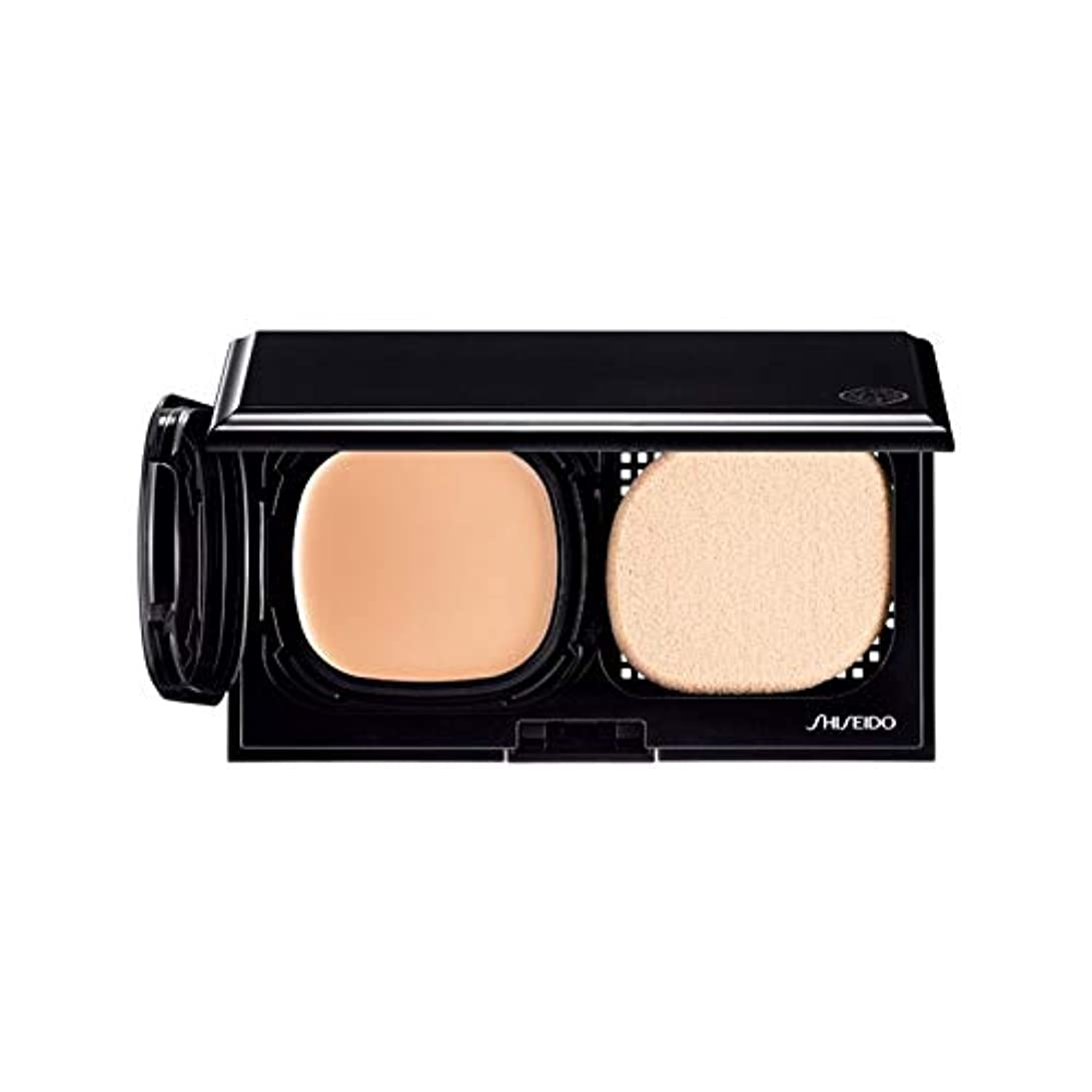 ダーツチチカカ湖閉じる[Shiseido] 自然光ベージュ - 資生堂ハイドロ液体コンパクトB20を前進しました - Shiseido Advanced Hydro Liquid Compact B20 - Natural Light Beige [並行輸入品]