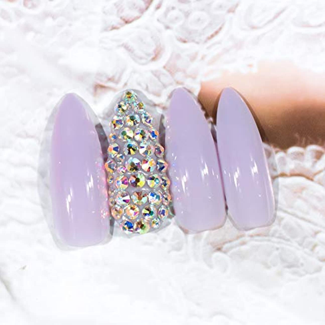 本当のことを言うと処方ヒゲXUTXZKA 偽の爪の上のわずかな紫色の小剣の爪偽のネイルヴェール長い光沢のあるプレス
