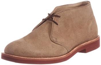 Chukka Classic 2-Eye Boot: Dirty Buck Suede 32157