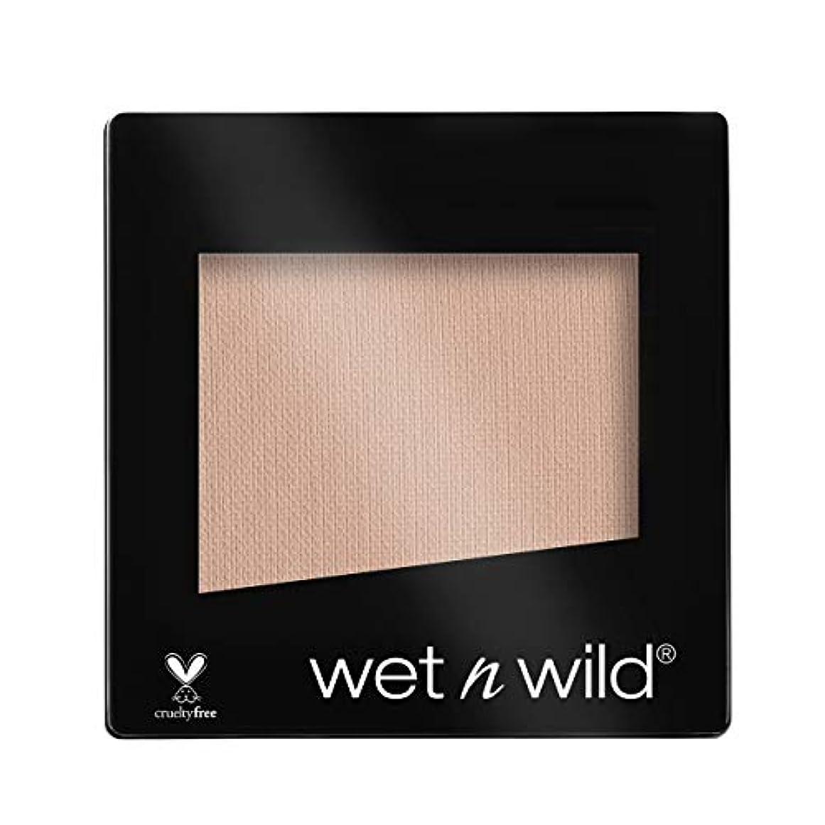 遅らせるロシア申し立てWET N WILD Color Icon Eyeshadow Single - Brulee (NEW) (並行輸入品)