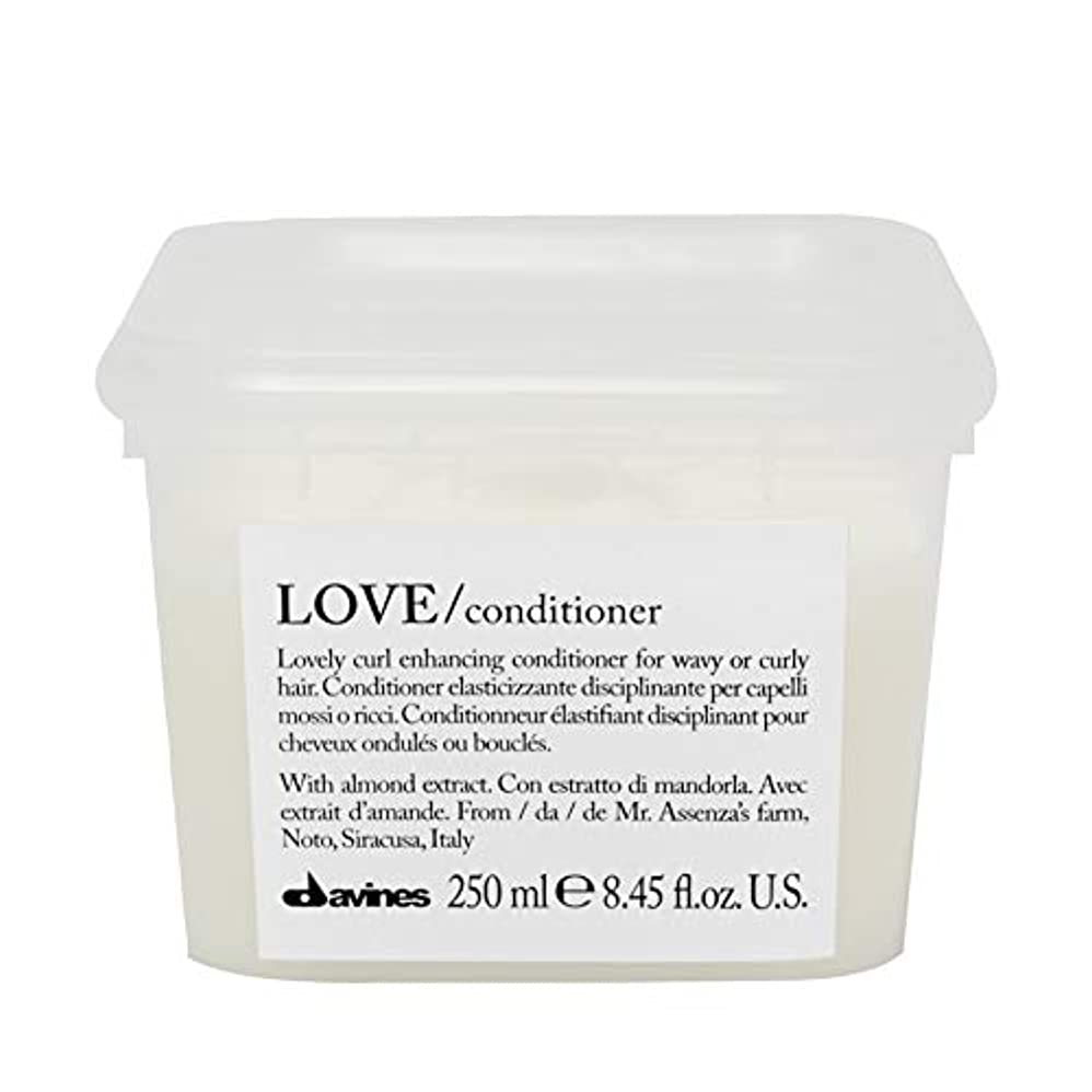 国際一口きゅうり[Davines ] コンディショナー250メートルを強化ダヴィネス愛カール - Davines Love Curl Enhancing Conditioner 250m [並行輸入品]