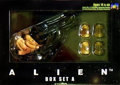 KUBRICK ã�'ã�ƒ¥ã�ƒ¼ã�ƒ�-ã�ƒªã�ƒ�ƒã�'¯ ALIEN ã�'¨ã�'¤ã�ƒªã�'¢ã�ƒ³ BOX