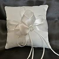 Kongqiabona White Satin Ring Pillow Comfortable 20 * 20cm Finger Ring Cushion Romantic Bridal Decorations Soft Party Supplies