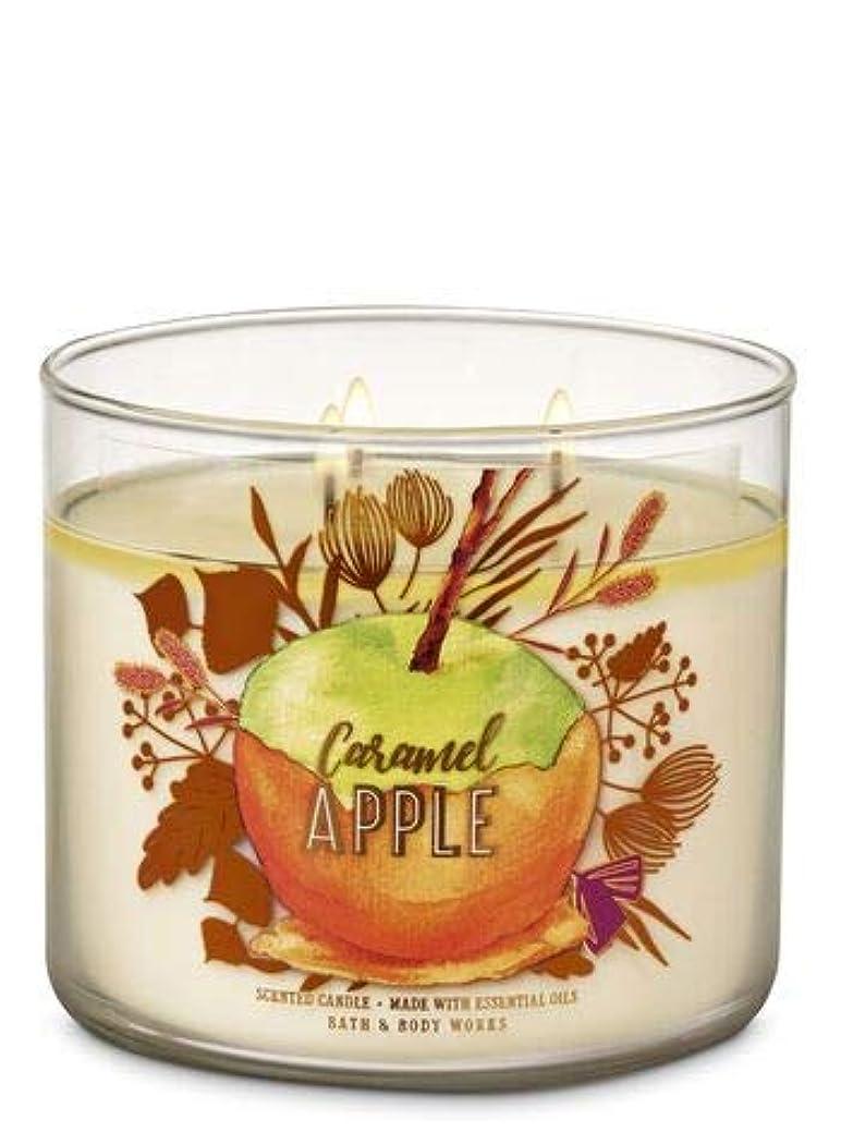 信頼できるドラゴン民主党【Bath&Body Works/バス&ボディワークス】 アロマ キャンドル キャラメルアップル 3-Wick Scented Candle Caramel Apple 14.5oz/411g [並行輸入品]