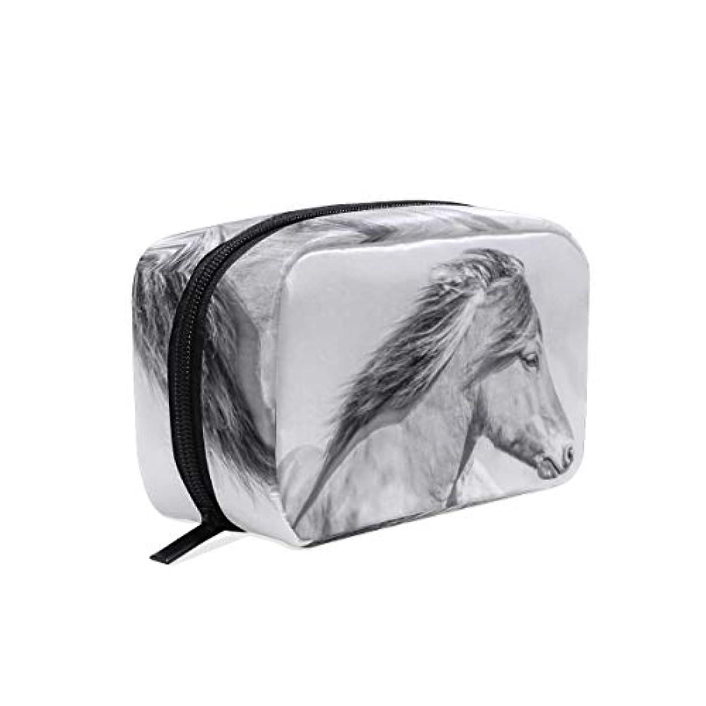 ブランデー申し立てケニア化粧品 収納バッグ コスメポーチ 風の中 馬柄メイクボックス メイクポーチ 多機能 大容量 軽量 化粧ポーチ 小物入れ レディース用 おしゃれ 大容量 旅行出張用 持ち運び便利