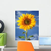 Sunflower against Blue Sky Wall Mural by Wallmonkeys Peel and Stick Graphic (18 in H x 14 in W) WM336281 [並行輸入品]