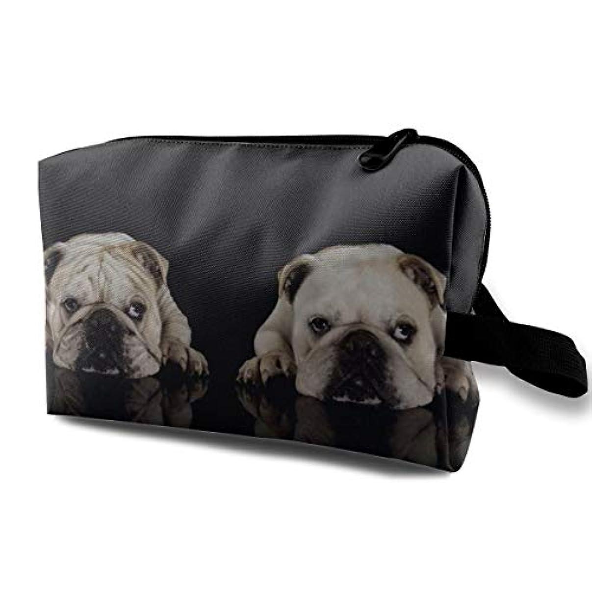 周術期水を飲む貼り直すTwo Cute Bull Dog 収納ポーチ 化粧ポーチ 大容量 軽量 耐久性 ハンドル付持ち運び便利。入れ 自宅?出張?旅行?アウトドア撮影などに対応。メンズ レディース トラベルグッズ