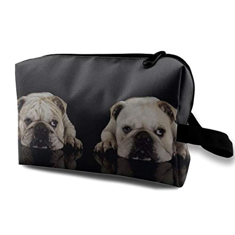 ポーズ不公平いつかTwo Cute Bull Dog 収納ポーチ 化粧ポーチ 大容量 軽量 耐久性 ハンドル付持ち運び便利。入れ 自宅?出張?旅行?アウトドア撮影などに対応。メンズ レディース トラベルグッズ