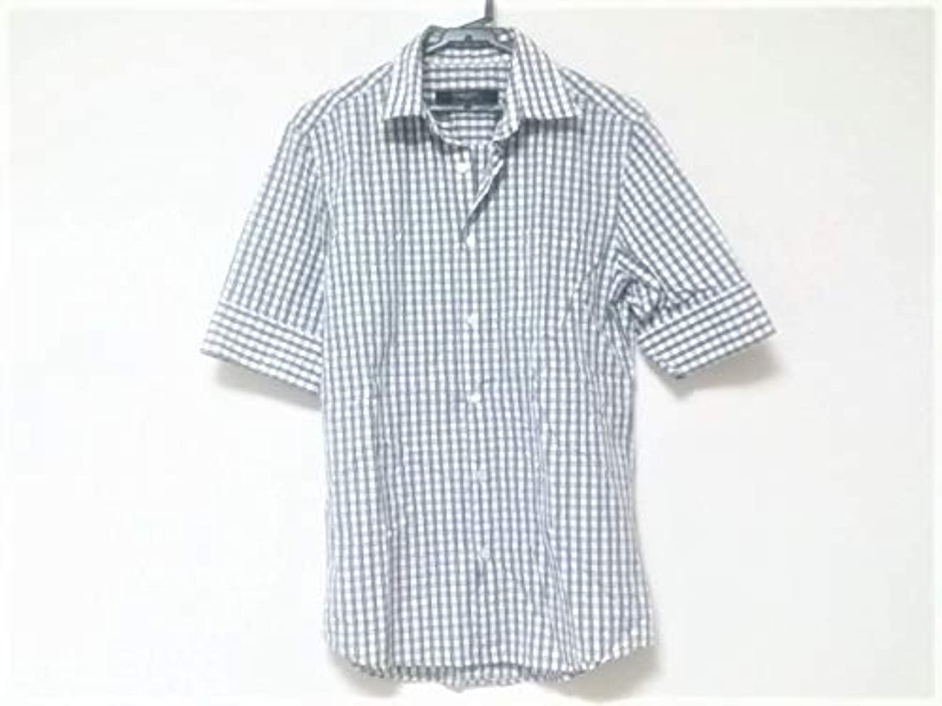 野菜エスニック多数の(ジバンシー) GIVENCHY シャツ 半袖シャツ メンズ 白×黒×グレー 【中古】